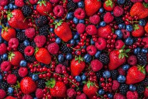 Four summer berries and their amazing health benefits