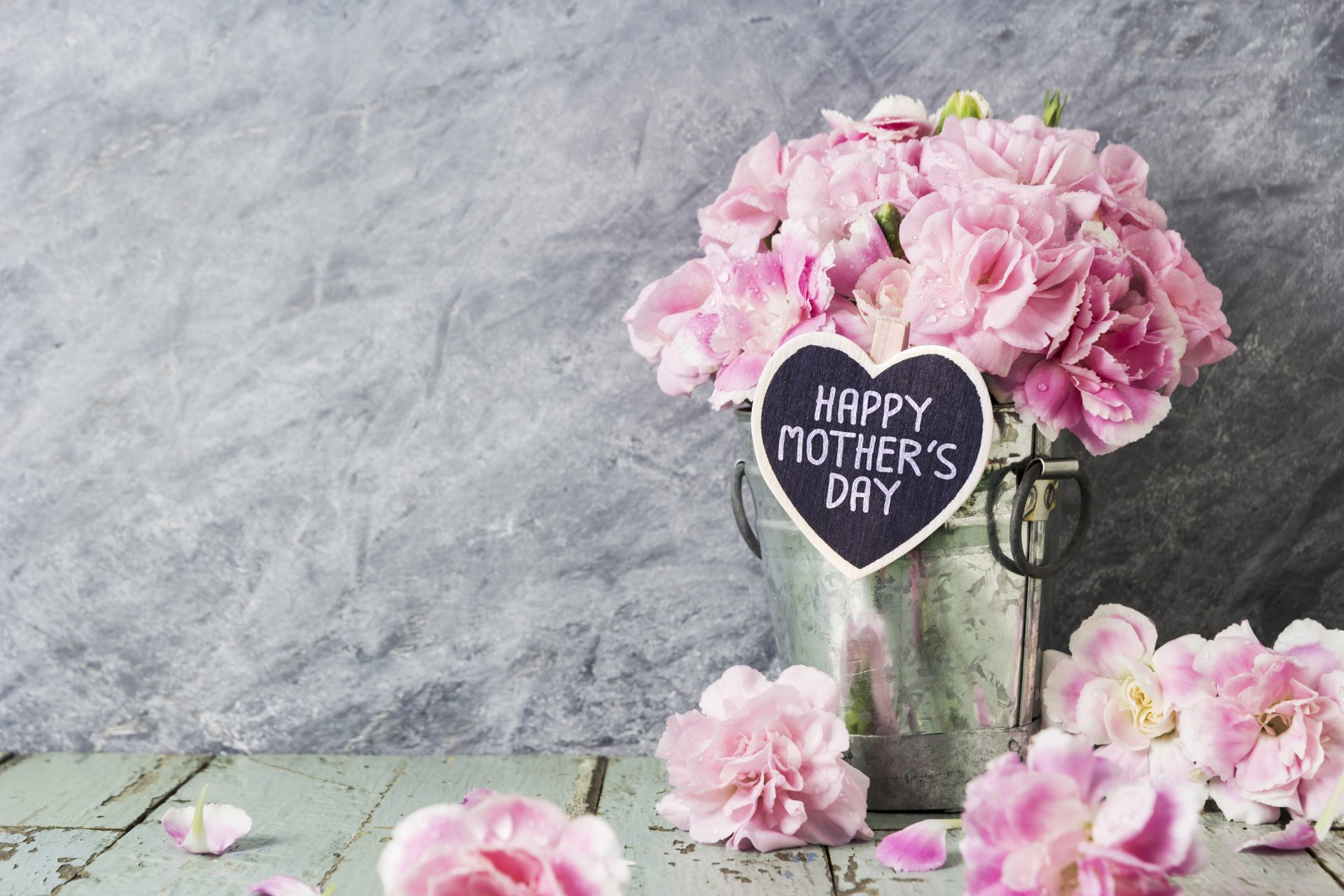 Ten Mother's Day gifts for home comfort queens
